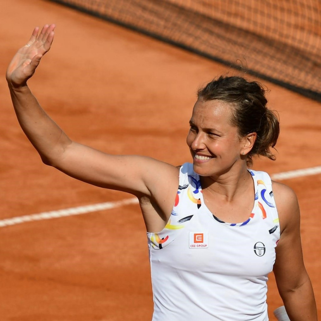 Barbora Strycova & nailmatic :  That's a match!